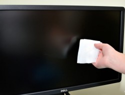 Clean-a-Computer-Monitor_LCD-Screen-Step-10