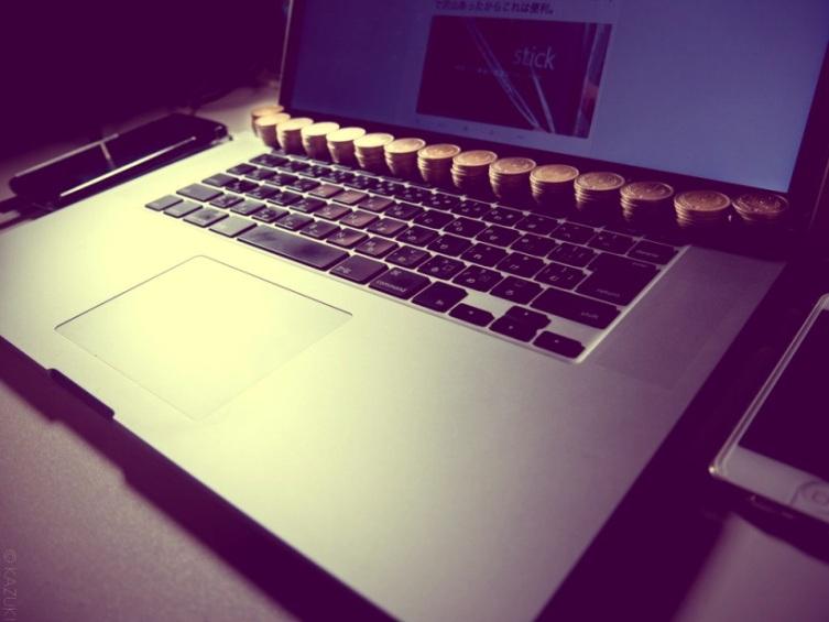 Как охладить ноутбук с помощью монет