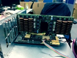 cooling_laptop_with_coins_motherboard