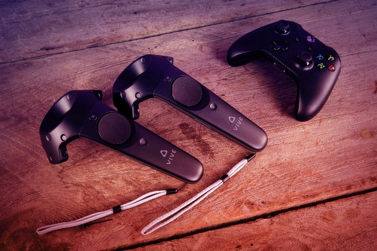 htc_vive_vs_oculus_rift_controller