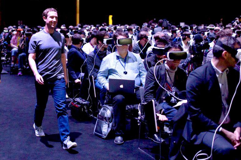 htc_vive_vs_oculus_rift_people