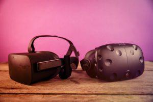 htc_vive_vs_oculus_rift_side